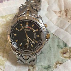 Seiko Kenetic Indicator Men's Saphlex Watch
